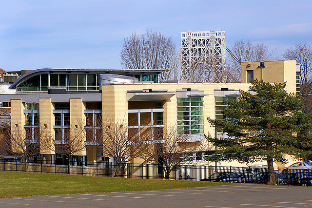 Fort Lee Library